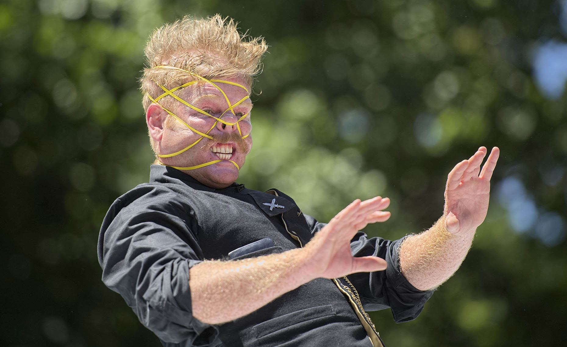 LAT_PhotoReporters__Rubberband-Boy-Shay-Horay-at-World-Buskers-Festival_Christchurch_NZ