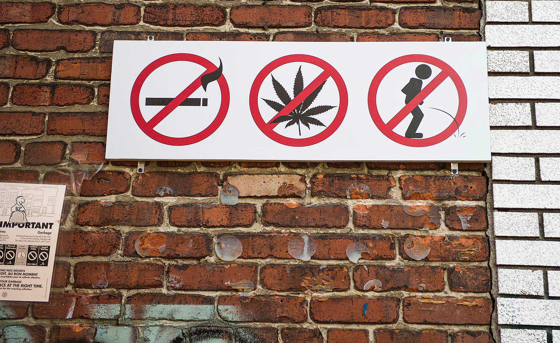 PAR_PhotoReporters_No-can-do-sign_Montreal_Canada