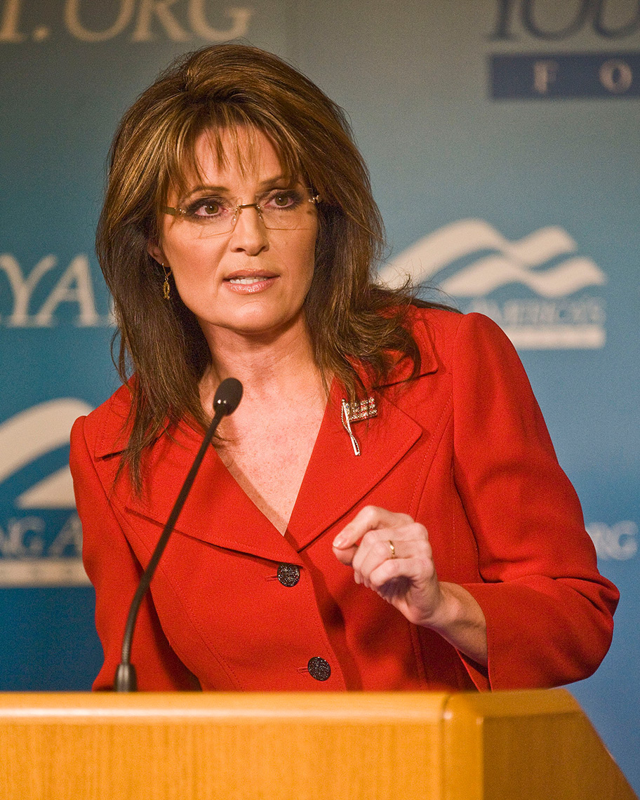 PEO_PhotoReporters_former-alaska-gov-and-gop-vp-candidate-sarah-palin
